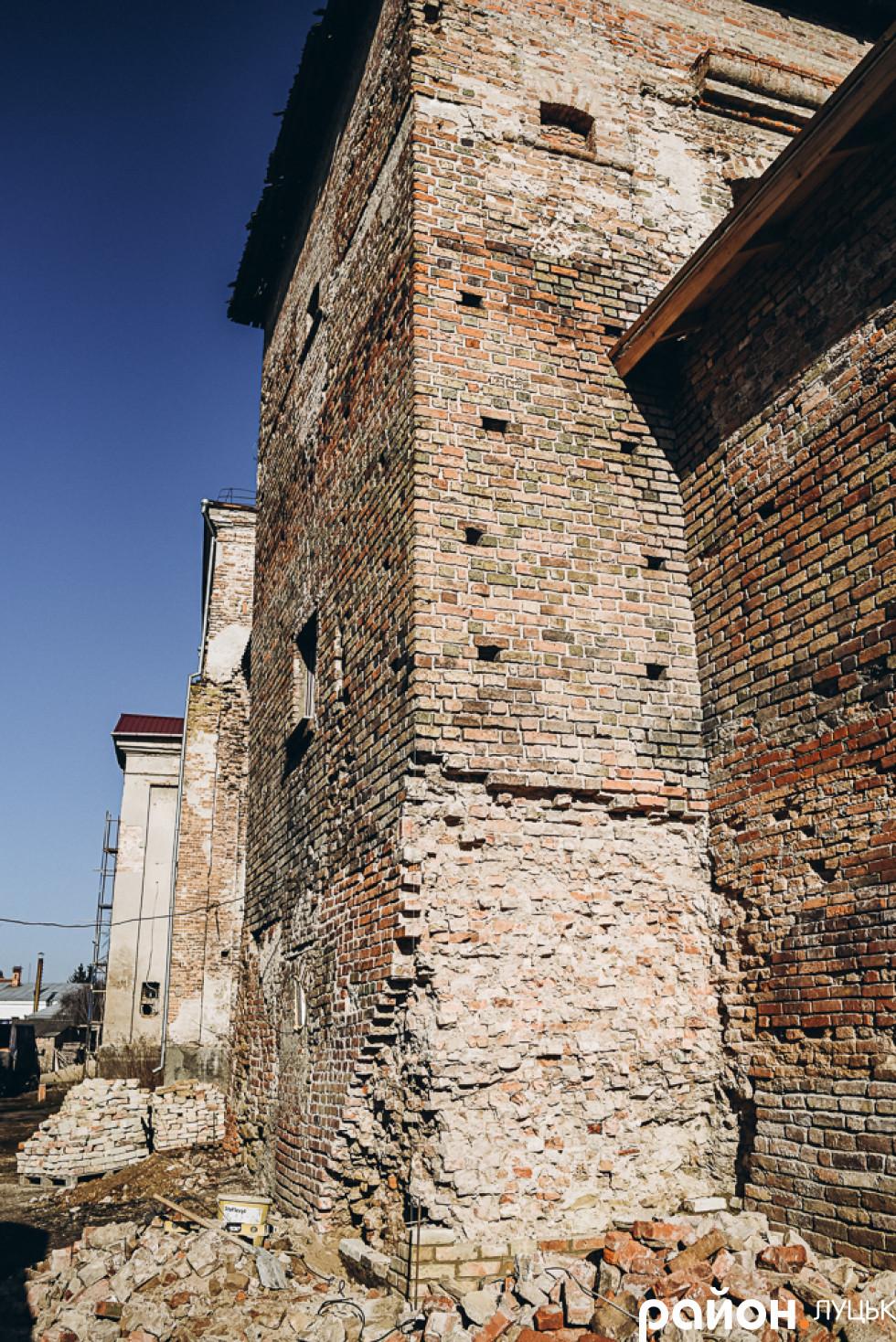 Башта Чорторийських  Окольного замку