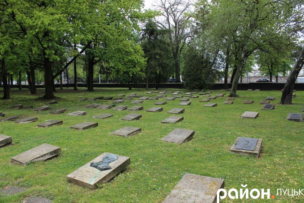 Поховання на Меморіалі