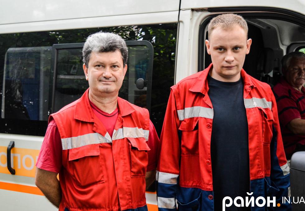 Юрій Максименко на фото зліва